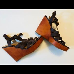 lucky brand leminah sandals • size 7